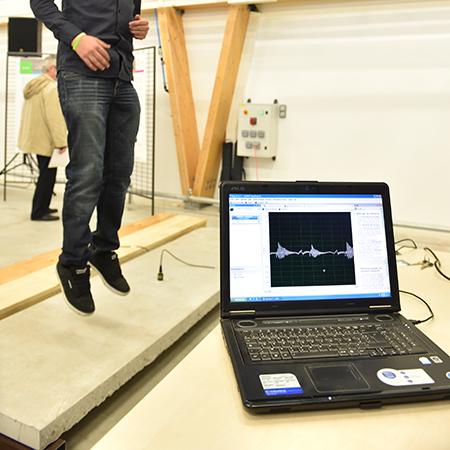 Etude sur la vibration des planchers mixtes bois béton