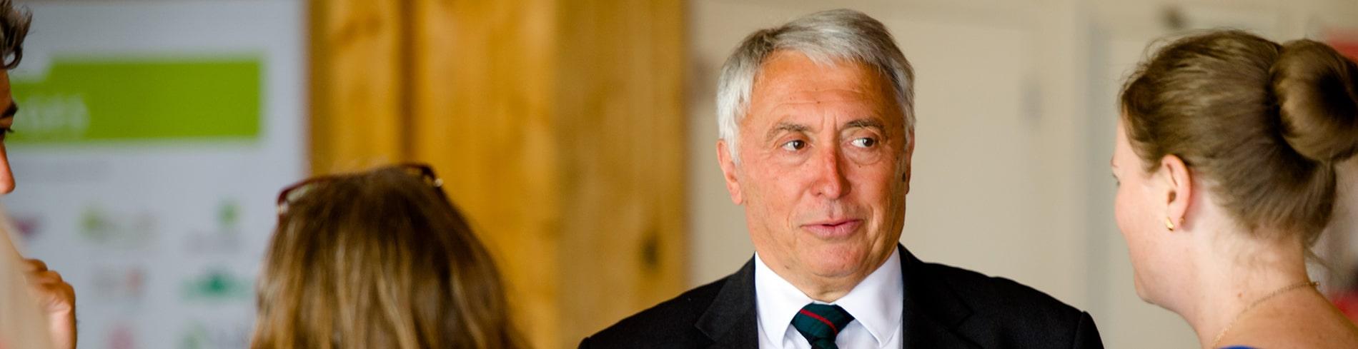 Robert janvrin Président de l'ESB